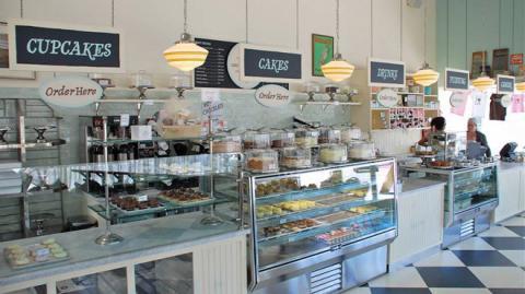 Eat at Magnolia Bakery